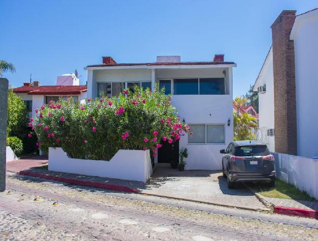 HOUSE FOR SALE IN  FRACCIONAMIENTO EL CID