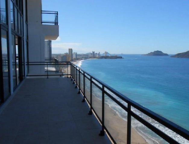 Pearl Tower Condominium - PEARL TOWER PENTHOUSE CENTRAL -RPV1276E-28
